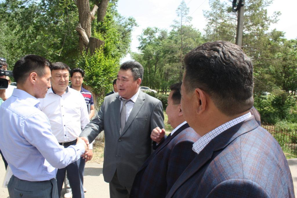 Врио главы Калмыкии посетил Городовиковский район